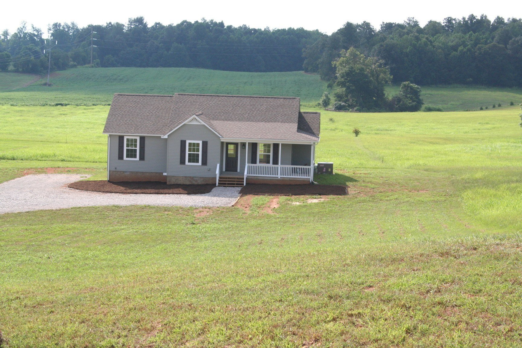 2411 Almyra Road, Sparta, TN