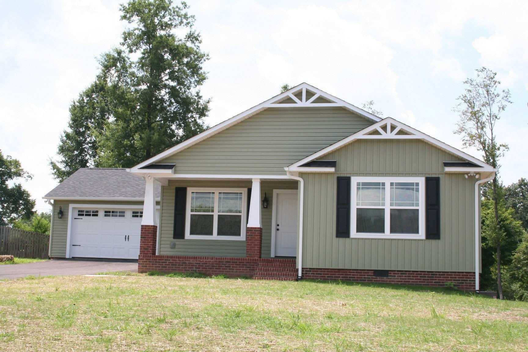153 Honeysuckle Lane, Sparta, TN